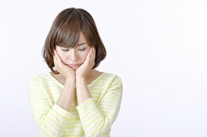 大人ニキビの原因:ストレス